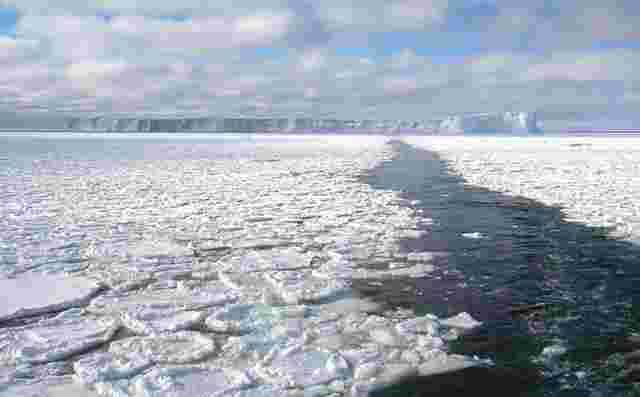 1-antarctic-seaice-berg-1400056793304.jpg