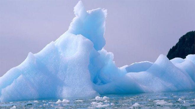 _109615806_iceberg_eyewire.jpg