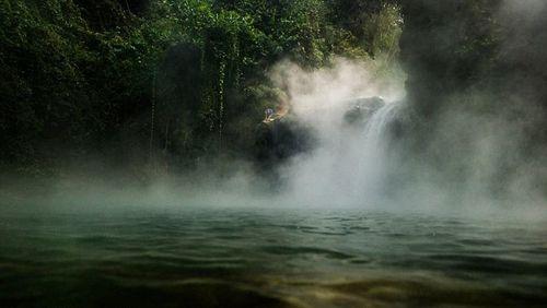 mayantuyacu-boiling-river-12-3413-1456114990.jpg